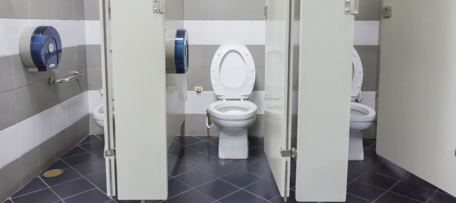 Are You Properly Cleaning Toilets and Urinals